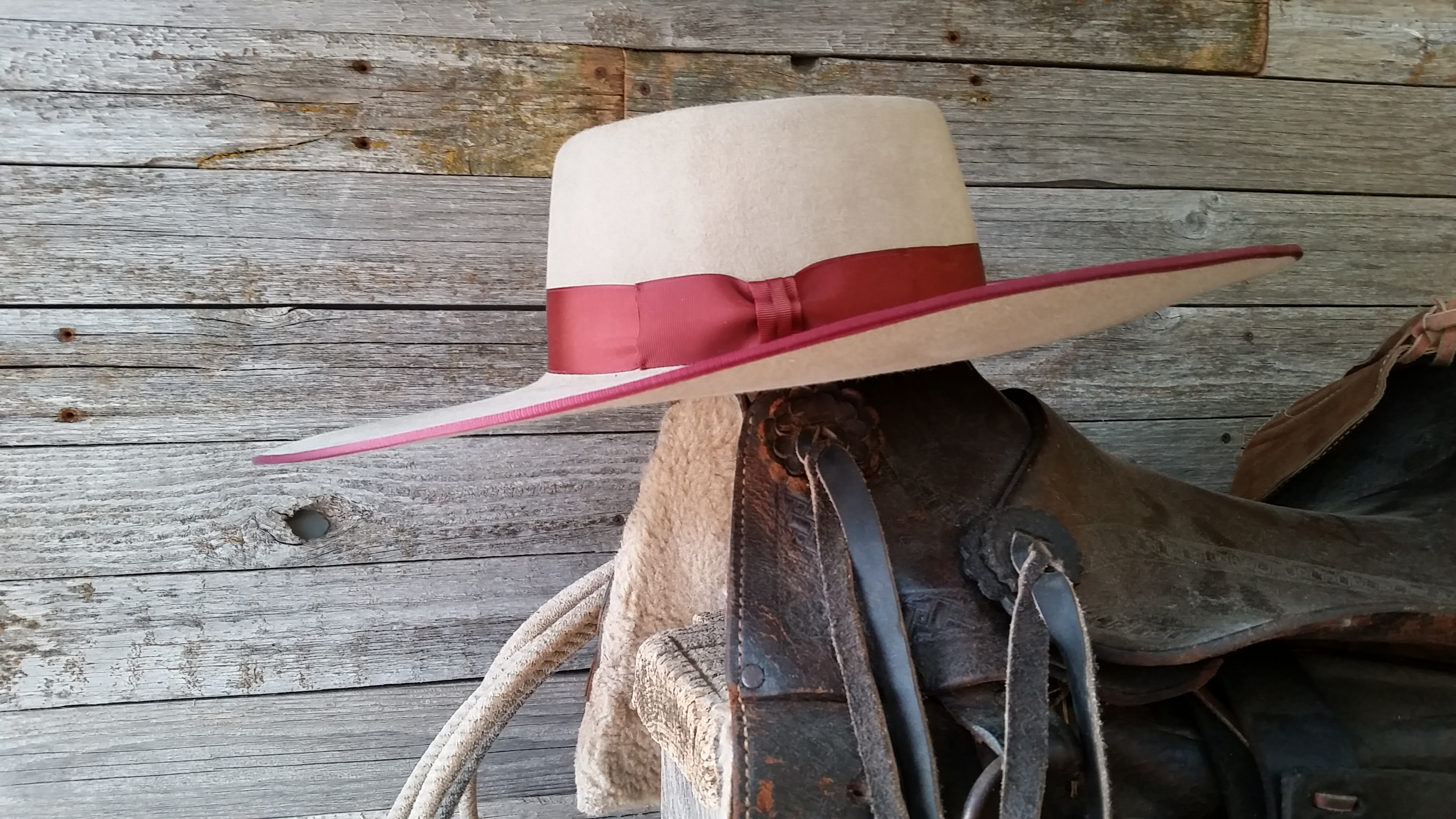 Now is your chance to get the buckaroo hat you have always wanted. You can  choose from three different qualities of fur felt like 100 % beaver 979d5f9919c